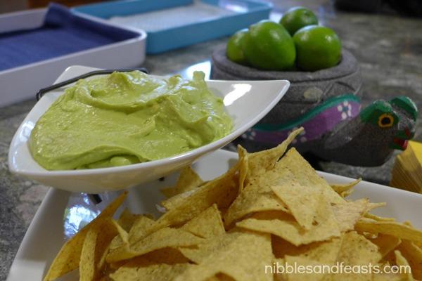 guacahummus.jpg