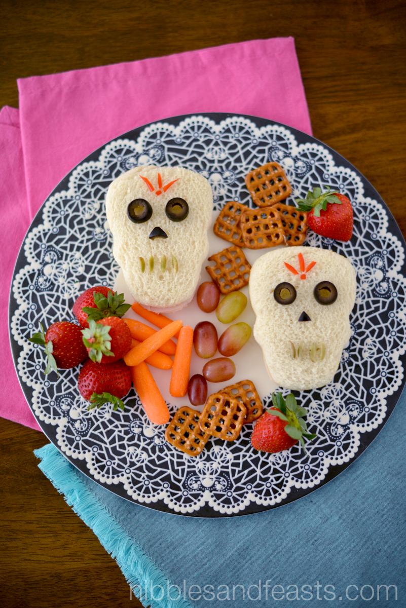 Skull Sandwiches