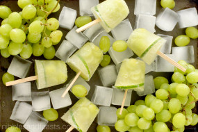 Green Grape White Sangria Poptails