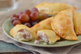 Mashed Potato, Queso Fresco and Ham Empanadas