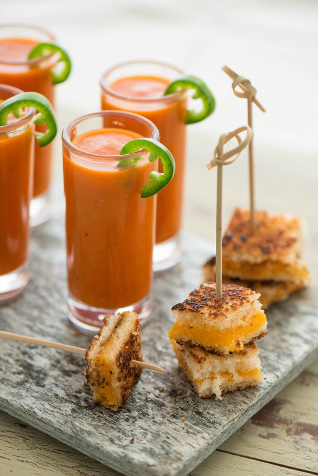 spicy tomato soup with grilled cheese croutons nibbles. Black Bedroom Furniture Sets. Home Design Ideas