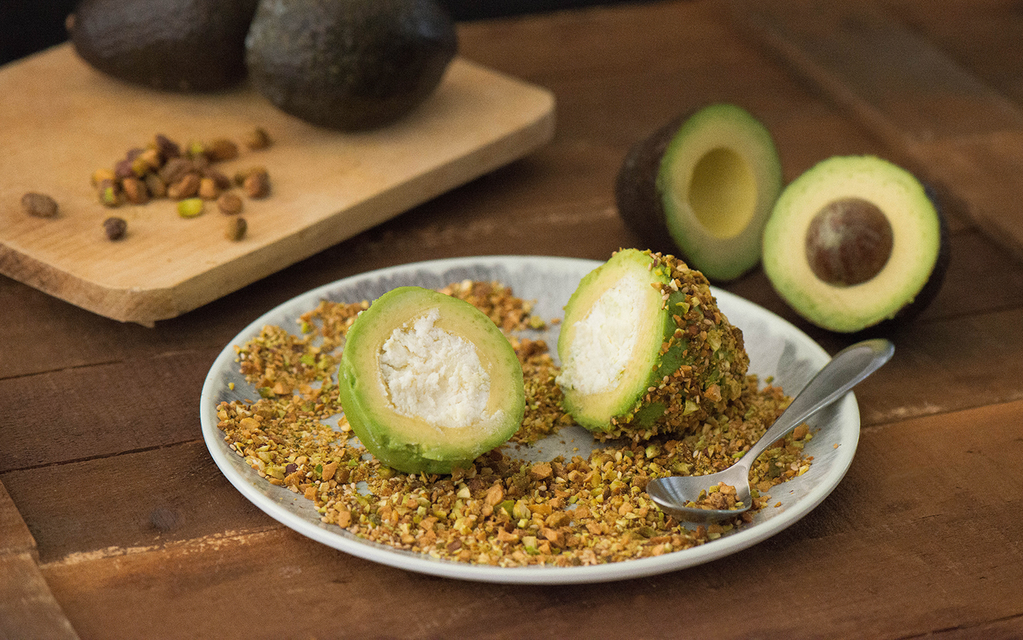 Requeson-Stuffed Avocados with Pistachios and Toasted Sesame Seeds