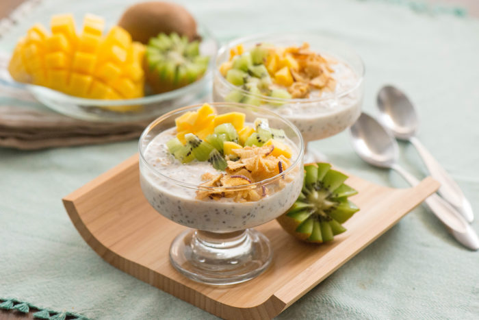 Tropical Overnight Oats with Chia and Cinnamon Seneca Apple Chips