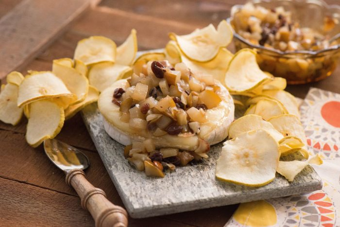 Baked Brie with Pear Chutney and Pear Chips